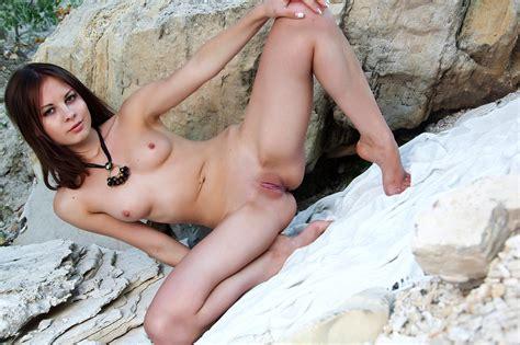 free nude hot woman pics jpg 2048x1365