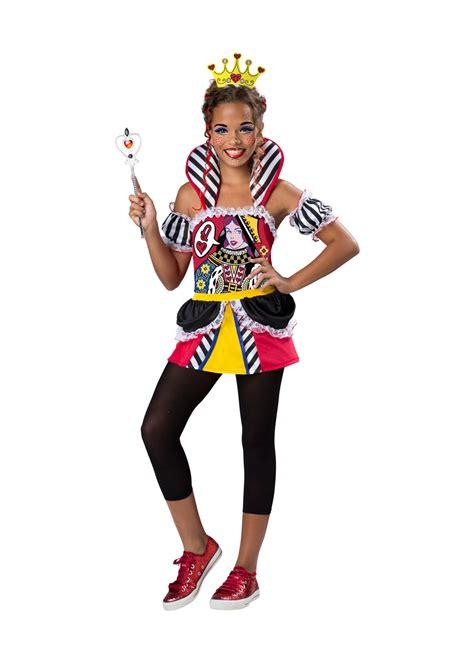 Queen renaissance costume target jpg 1000x1400