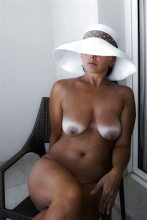 nude still photos jpg 1000x1499